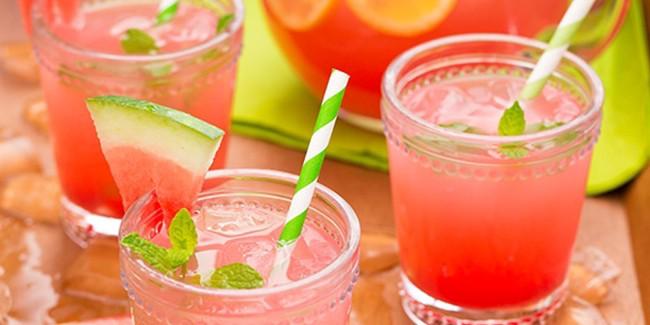 Minuman Buka Puasa: Es Semangka Lemon