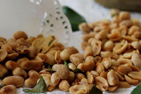 Camilan Lebaran: Kacang Bawang Renyah dan Gurih