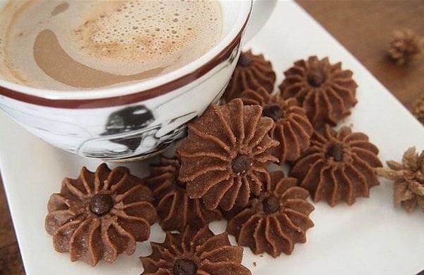 Kue Lebaran: Kue Semprit Cokelat
