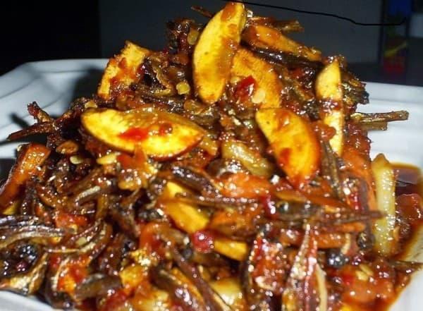 Resep Membuat Sambal Goreng Jengkol dan Ikan Teri Pedas
