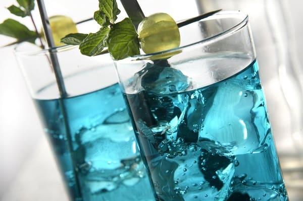 Minuman Dingin: Ice Blue Punch