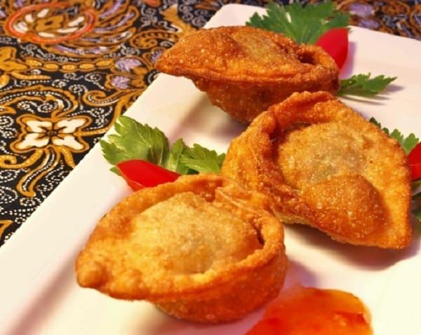 Resep Membuat Pangsit Goreng Isi Daging Ayam-Udang Cincang