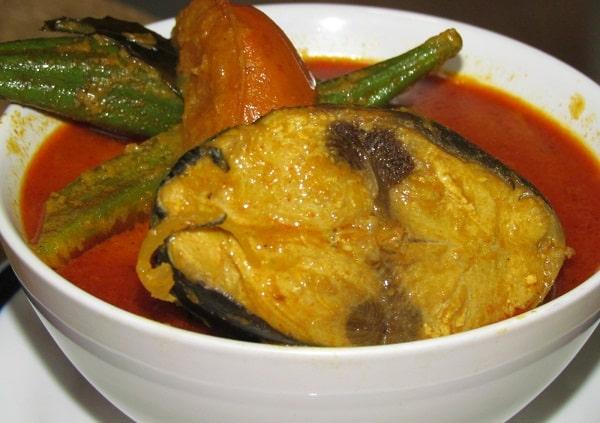 Resep Membuat Ikan Tongkol Masak Santan Pedas