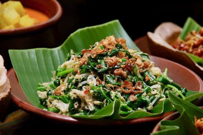 Resep Membuat Urap Sayur Bali